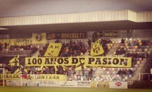 100 años de pasión. La peña Indar Horibeltz celebrando el centenario del Barakaldo C.F. Actual temporada 2016/17