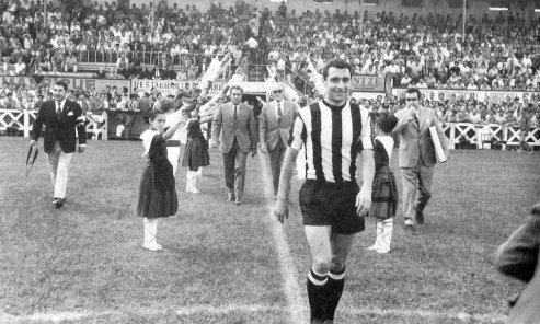 Barakaldo C.F. Real Madrid Homenaje Goyenechea
