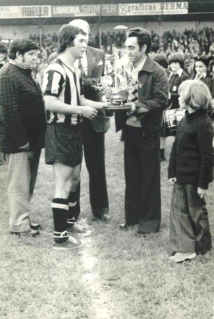 Manolo Barakaldo CF trofeo a la regularidad 1978